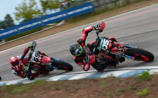METZELER triumphs in the first round of the International of Italy Supermoto 2020 in Ortona with the renewed RACETEC SM