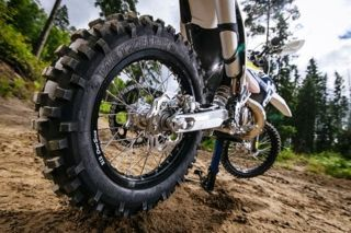 METZELER MCE 6 DAYS EXTREME chosen as Original Equipment tyre for 2017 new Enduro models of Husqvarna Motorcycles